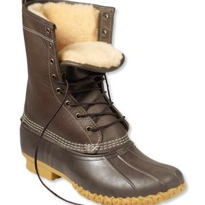 """Women's Bean Boots 10"""" Shearling Lined Size 8"""